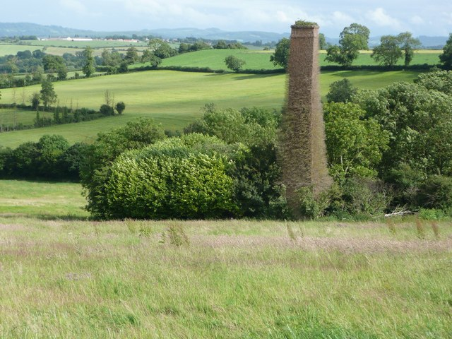 Old_mine_chimney